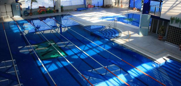 Aqua Sports Fitness Center Piscina semiolímpica